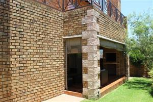 4 Bedroom Townhouse for sale in Honeydew Manor.