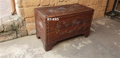 Partridge Wood Carved Antique Kist (1020x525x640)