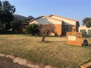 928 18TH AVE - 3 BEDROOM HOUSE IN RIETFONTEIN (RAPID RENTALS)
