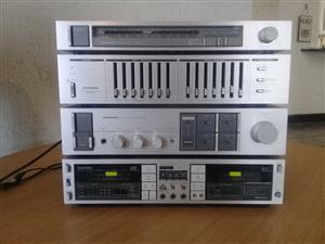 Pioneer series Sa740 Amp and component hifi