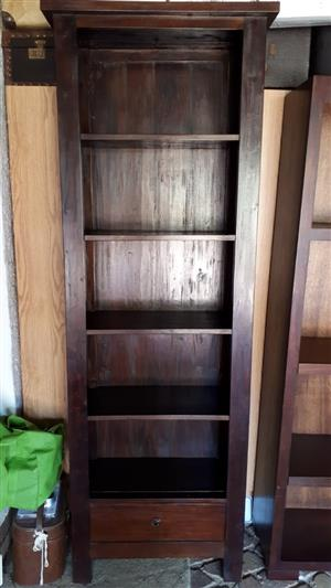 Divider/book shelf/tv cabinet