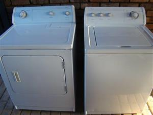 Whirlpool Washer 8.2 kg and dryer 10.5 kg set