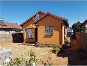 Soshanguve house to rent xx