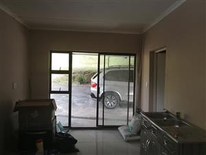 Bachelor Flat available
