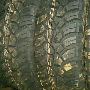 Quality fairly used Hi performance and runflats tyres for sell
