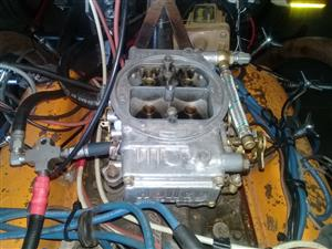 600 holly carb
