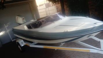 Boat and trailer 85hp