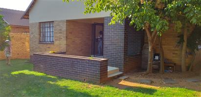 Charming 3 Bedroom House to Rent in Randfontein