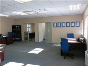 PINELANDS: 173m2 Offices To Let