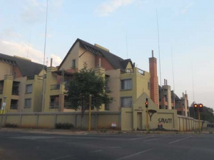 208 SAVUTI - BACHELOR APARTMENT TO RENT IN CLUBVIEW (RAPID RENTALS)