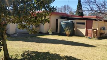 House for sale in Tienie Louw Street