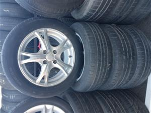 Hyundai Mag rims and tyres 185.60R15 for sale.