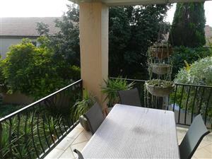 2 bedr Duplex with spacious garden to let La Montagne 1 August 2019