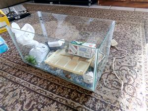 Second hand fish tank for sale with accessories