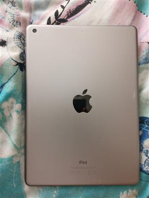 Apple iPad Air 2 Retina display in perfect condition 32gb Includes pouch & glass protector
