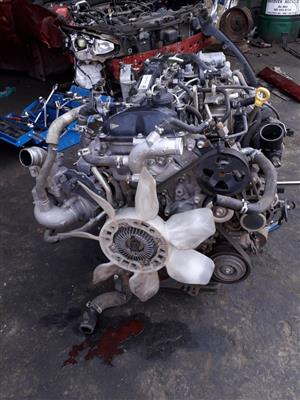 Toyota Hilux 2.4 GD-6 SR 4x4 - Engine and gearbox for sale