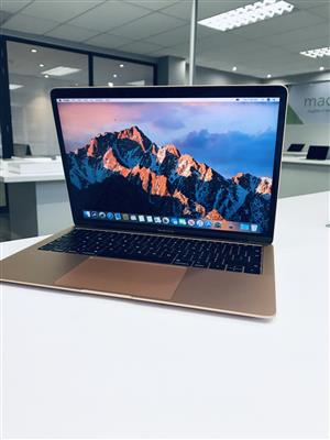 2018 Apple MacBook Air 13-inch 1.6GHz Dual-Core i5 (Retina, 128GB, Gold) - Demo
