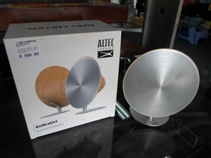Altec Lansing Sunlight Bluetooth Speaker