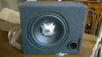 car sub woofer and speakers