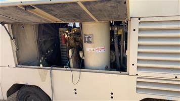 INGESOLL-RAND 750 CFM COMPRESSOR