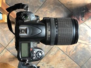 Nikon D7000 with AF-S Nikon18-140mm lens, 70-300mm Nikon lens & camera bag