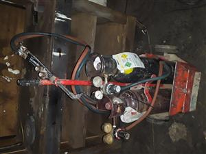 AFROX PORTAPACK PORTAPAK COMPLETE KIT WITH TROLLEY FOR SALE R5500-00 ON 0769426138