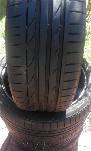 BMW runflat set tyres Bridgestone Dueler 2x255/35/19 2x225/40/19 still very good!!