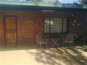 Garsfontein Road  House on smallholding to rent