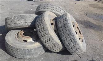 19,5 tires 16x R1000