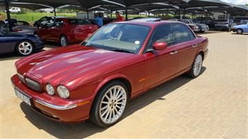 2005 Jaguar XJR-S