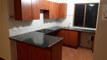 2 Bed, 1 Bathroom modern Apartment to let in 21 Zambezi Estate.