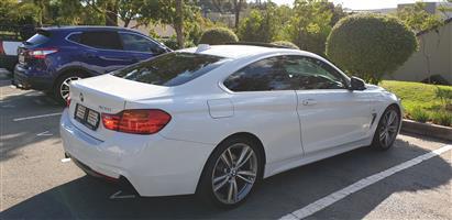 2014 BMW 4 Series 420i coupe Modern sports auto