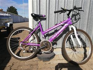 Ladies bicycle size 24