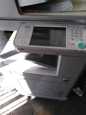 full color photocopier and black and white copies