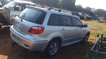 MITSUBISHI OUTLANDER 2.4 BODY PARTS FOR STRIPPING AND SALE
