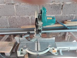 Sale of power tools