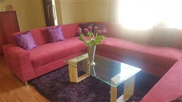 Magenta Custom Lounge in an amazing condition