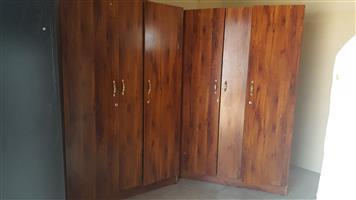 R1800 bedroom cupboards