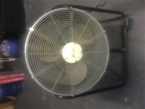 PORTABLE TILT MISTING DRUM FAN