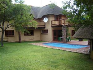 Bushveld  Game farm in Limpopo between Thabazimbi and Ellisras for sale R15 000 000. 954Ha