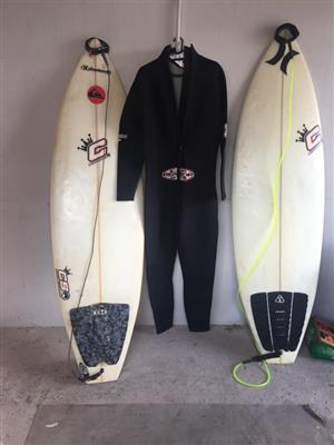 2x Surf boards and brand new Xl wet suit.