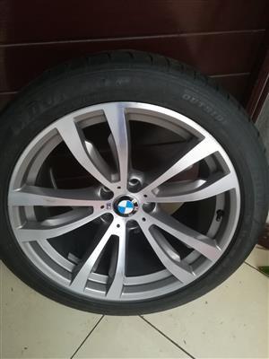 5.0M BMW X5 11j 20 inch Rear Mag Wheel with 70% tread Dunlop Runflat Tyre R6500