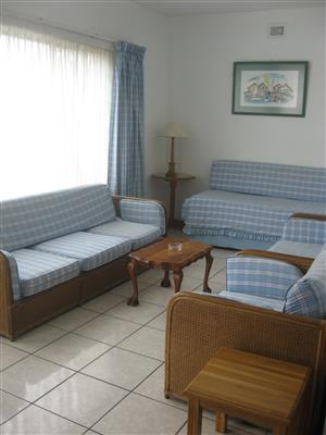 TWO BEDROOM SPACIOUS FULLY FURNISHED FLAT R5200 PM IMMEDIATE OCCUPATION SHELLY BEACH, UVONGO, ST MICHAELS-ON-SEA