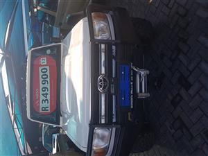 2012 Toyota Land Cruiser 79 4.0 V6