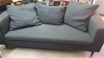 2 seater fabric couch, black/grey