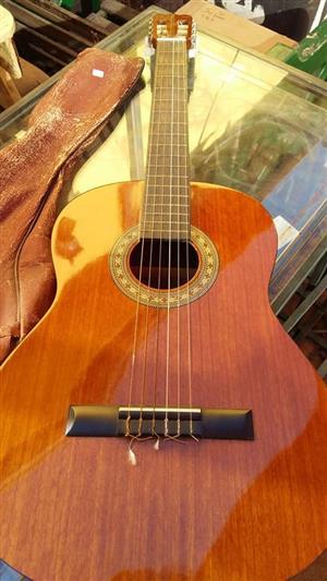 HONDO H307 guitar for sale