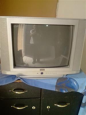 COLOUR TV 60 CMo FOR SALE