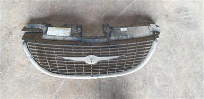 Chrysler Voyager Grill