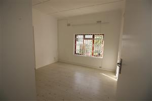 Central Fish Hoek - One bedroom flat