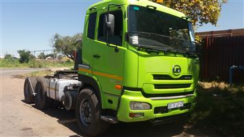 34 ton hores and trailer
